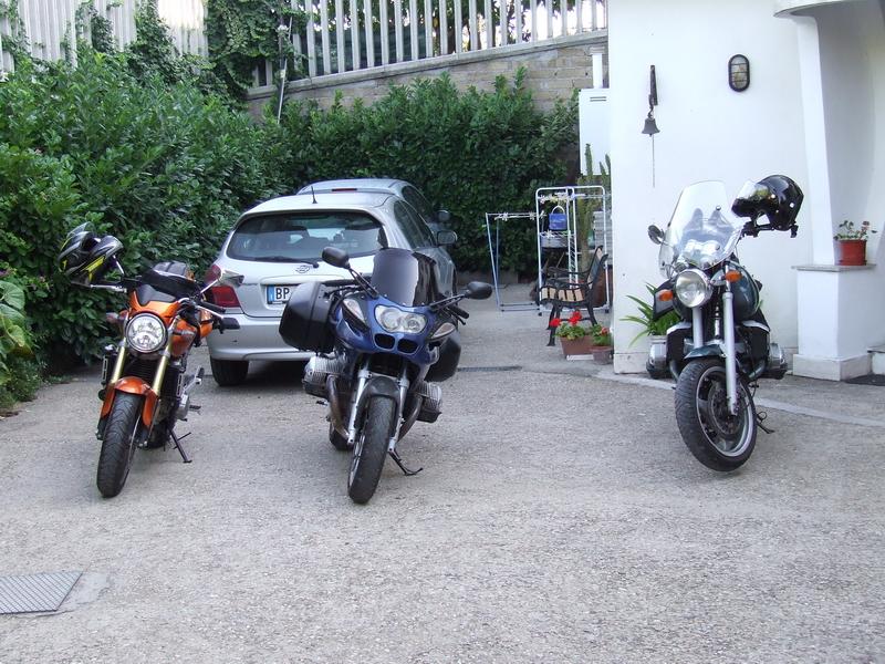 Le nostre moto, compresa la hornet di Luigi